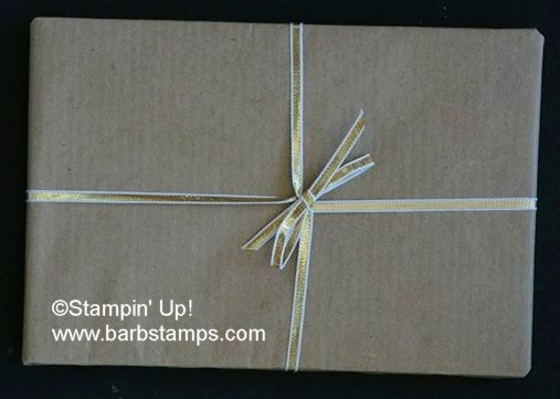 Paper_inside_out_gold_ribbon